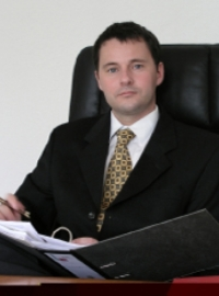 Rechtsanwalt Ulrich Hassinger, Darmstadt gelistet bei McAdvo, dem Europaportal für Rechtsanwälte