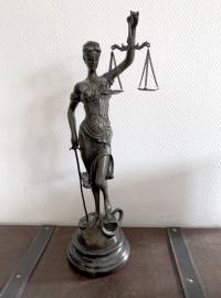 Rechtsanwalt Marius Meurer, Köln gelistet bei McAdvo, dem Europaportal für Rechtsanwälte